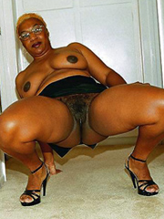 Amazing, nude and non nude old ebony..