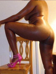 Some hot nude pics, mature black women...