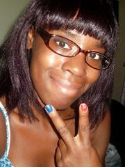 Skanky black amateur bitch posing kinky