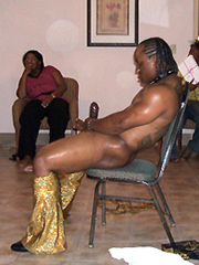 Naked black mom having fun and calling..
