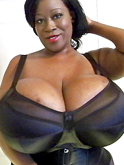 Incredibly huge black tits amateur..
