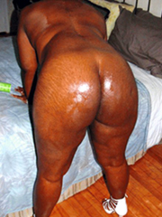 Brown mature girlfriends show nude pics