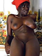 Horny ebony ex wife show her naked..